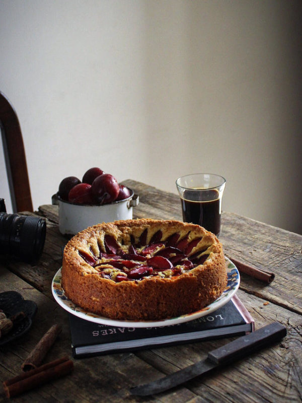 PLUM AND CUSTARD CAKE