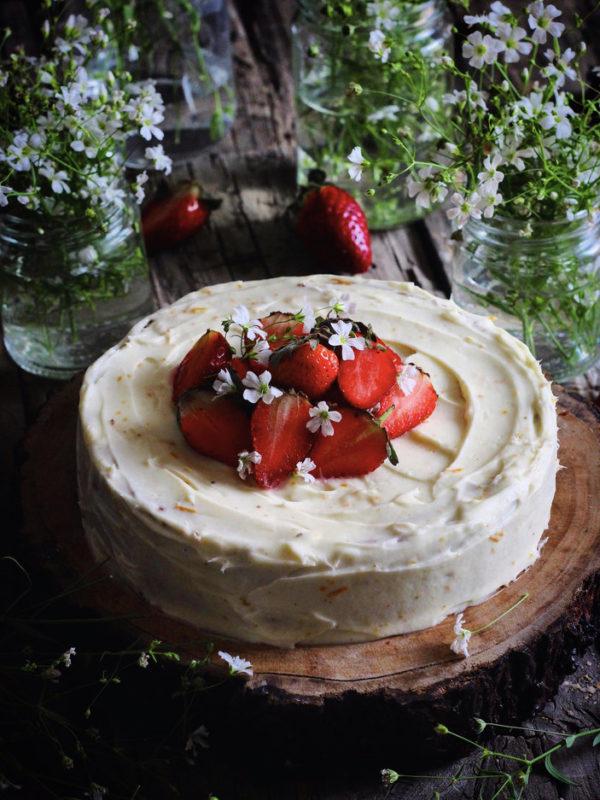 STRAWBERRY CAKE WITH ORANGE FROSTING