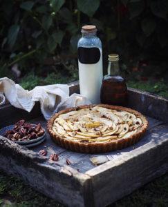 maple and apple tart