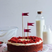 Red Velvet Cake with Eggless Option