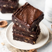 Chickpea brownies - Healthy and eggless!