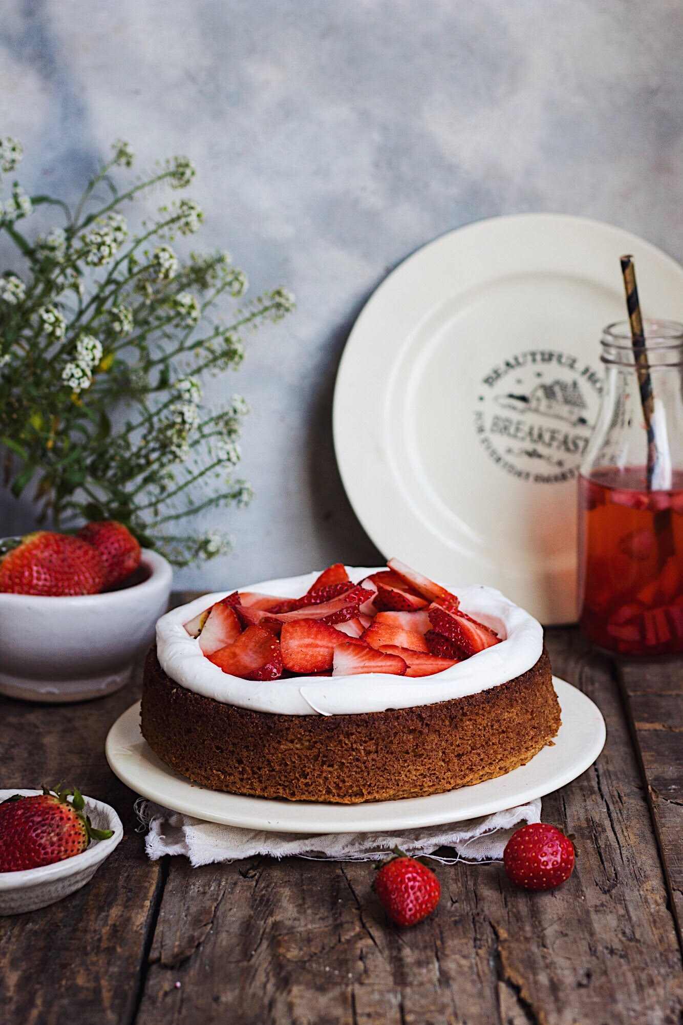 strawberry cream cake styling