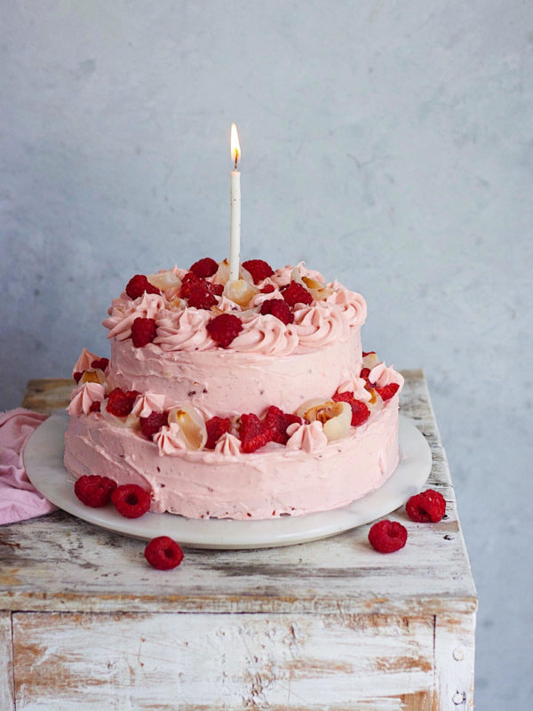 ROSE SCENTED CAKE WITH RASPBERRY FROSTING